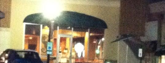 Starbucks is one of Brittaney : понравившиеся места.