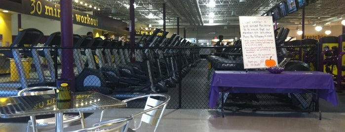 Planet Fitness is one of Lieux qui ont plu à William.