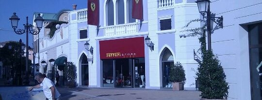 Ferrari Store is one of I miei luoghi.