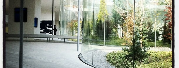 Hiroshi Senju Museum Karuizawa is one of Art museums around the world.
