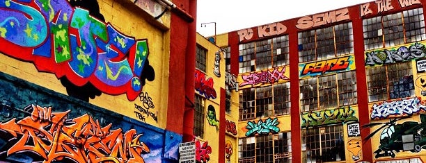 5 Pointz is one of Long Island City.
