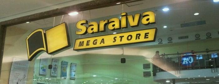 Saraiva MegaStore is one of Locais curtidos por Gabi.