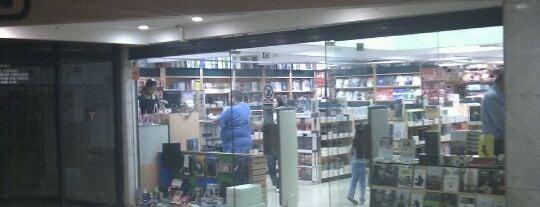 Librería Nacho is one of Locais curtidos por Milva.