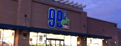 99 Cents Only Stores is one of Stephanie : понравившиеся места.