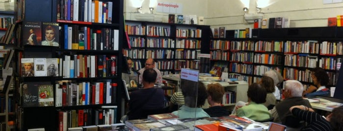 La Central del Raval is one of Bookstores - International.
