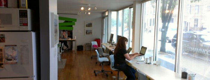 Greenpoint CoWorking is one of Silicon Alley, NYC (List #2).