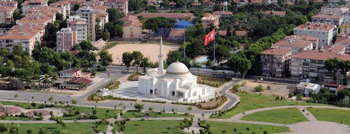 15 Temmuz Şehitler Camii is one of Pendik.