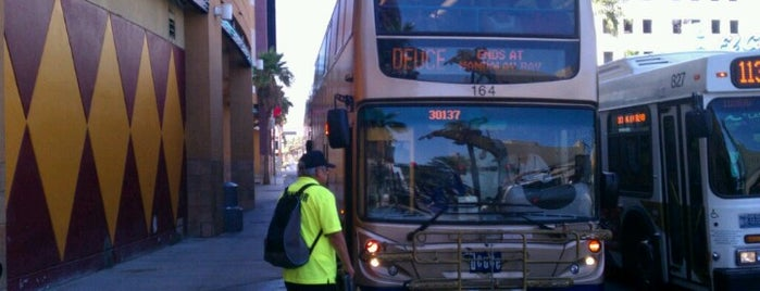 RTC Stop 1358 is one of Las Vegas Transit Stops I Have Known.