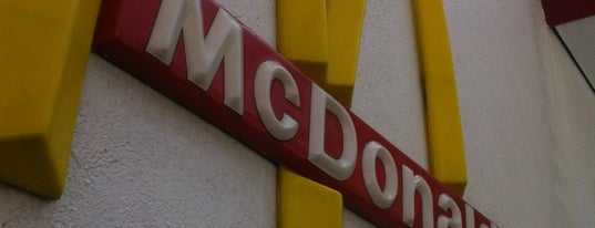 McDonald's is one of Orte, die Sandybelle gefallen.