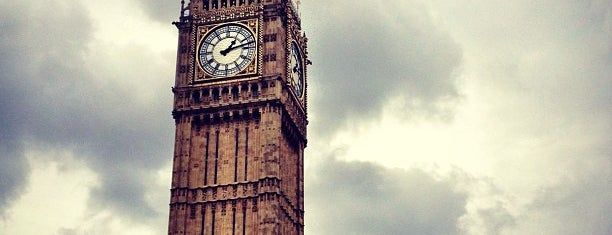 Elizabeth Tower (Big Ben) is one of London Essentials.
