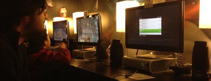 Local Battles Gaming Center is one of Posti salvati di Timothy.