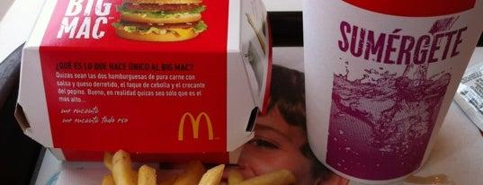 McDonald's is one of Lieux qui ont plu à Alberto J S.