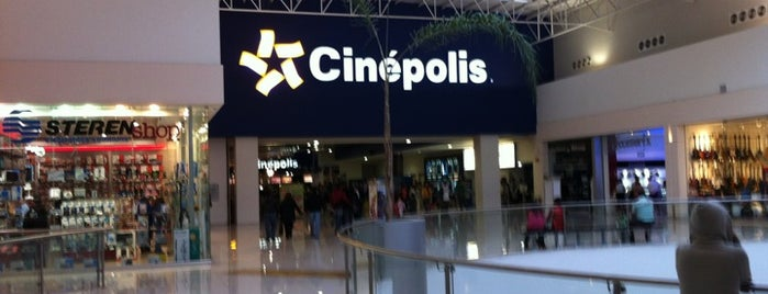 Cinépolis is one of Posti che sono piaciuti a Paris.