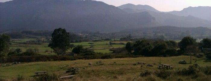 Area Recreativa Del Infiernu is one of Asturias.