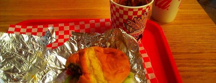 Home Run Burgers and Fries is one of Gespeicherte Orte von Jeff.