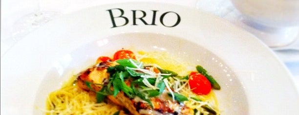 Brio Tuscan Grille is one of Lugares favoritos de Stephanie.