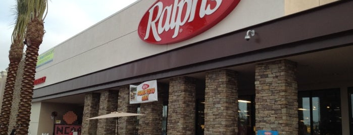 Ralphs is one of Tayyarさんのお気に入りスポット.