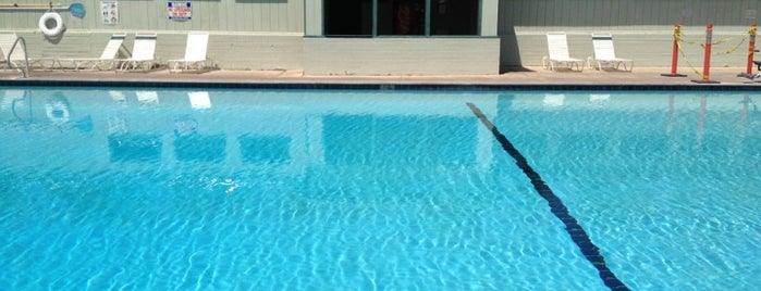 Furnace Creek Ranch Pool, Death Valley is one of Jamie : понравившиеся места.