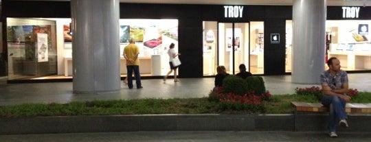 Troy is one of Locais curtidos por Tolunay.