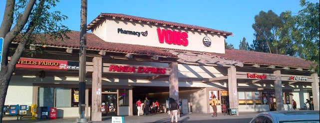 VONS is one of Mo's Liked Places.