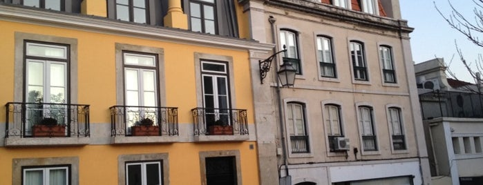 Chiado 16 - Boutique Hotel is one of Lugares favoritos de clive.