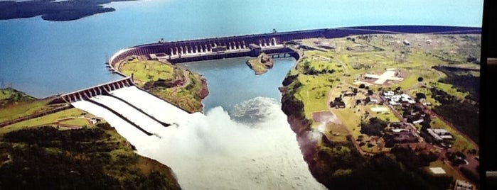 Itaipu Binacional is one of Curitiba - Foz do Iguaçu.