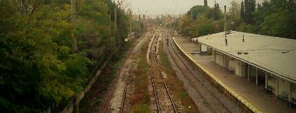 Tuzla Tren İstasyonu is one of Locais curtidos por Pelin.