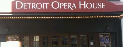 Detroit Opera House is one of Locais curtidos por MaryEllen.