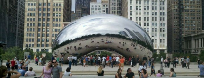 Cloud Gate by Anish Kapoor is one of Places that are checked off my Bucket List!.