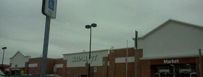 Walmart Supercenter is one of Lieux qui ont plu à Gerry.