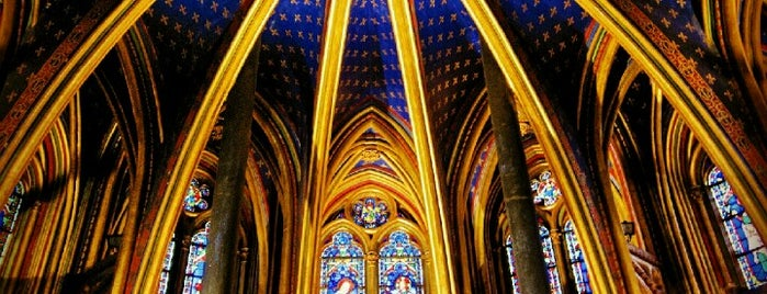 Sainte-Chapelle is one of Spencer'in Kaydettiği Mekanlar.