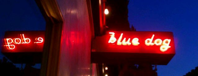 The Blue Dog Beer Tavern is one of OMB - Oh My Burger !.