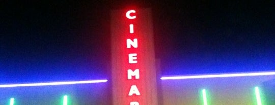 Cinemark is one of Cynthia 님이 좋아한 장소.