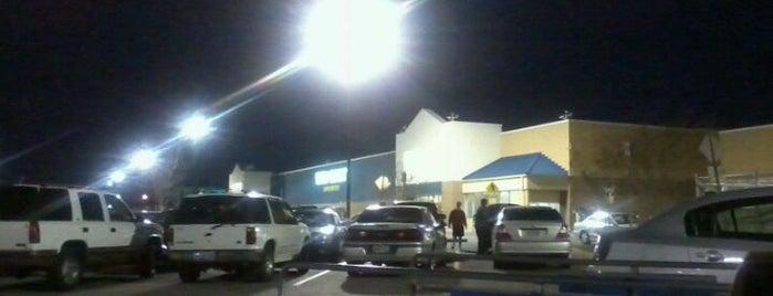Walmart is one of Locais curtidos por Григорий.