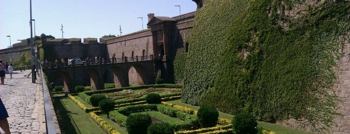 Castillo de Montjuic is one of Barcelona.