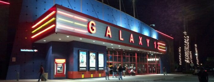Galaxy Riverbank Theatres is one of Lilyさんのお気に入りスポット.