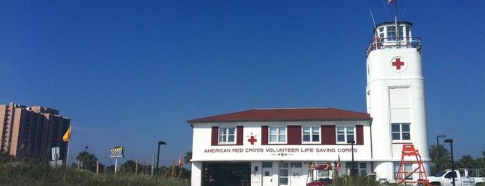 Jax Bch Lifeguard Station is one of Orte, die Diego gefallen.