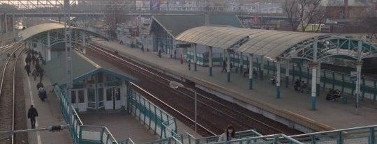 Ж/Д станция Болшево is one of สถานที่ที่ Boorooom ถูกใจ.