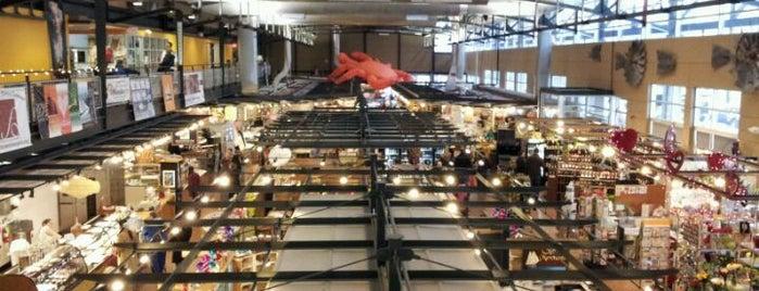 Milwaukee Public Market is one of Milwaukee.