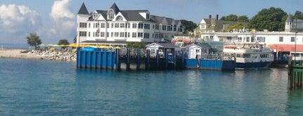 Shepler's Mackinac Island Ferry is one of Orte, die Dave gefallen.