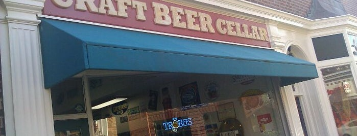 Craft Beer Cellar Belmont is one of Lieux qui ont plu à Al.