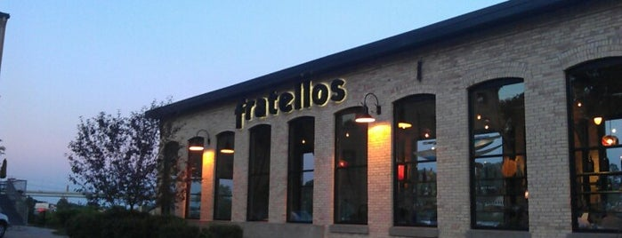 Fratellos Waterfront Restaurant is one of Brentさんの保存済みスポット.
