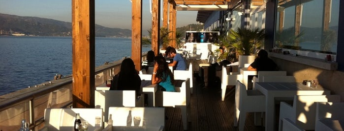 Albatros Lounge is one of A visitar.