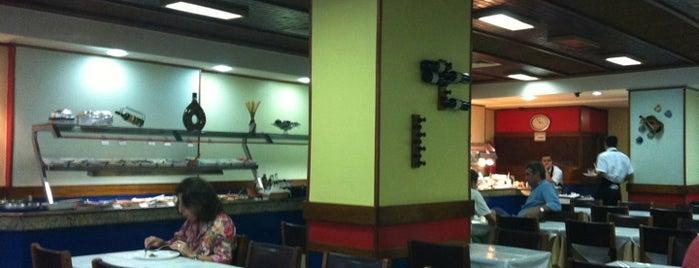 Dantas Restaurante is one of Tempat yang Disukai Malvina.