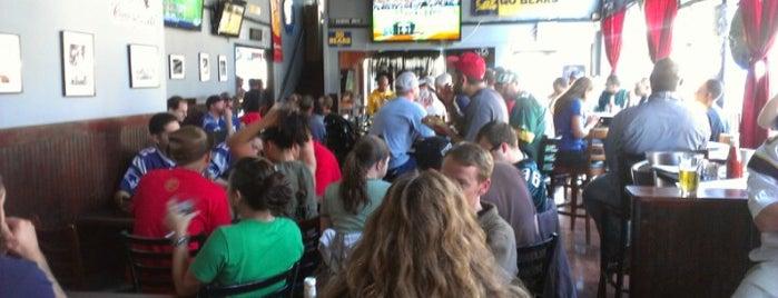 The GO Sports Bar is one of Frank : понравившиеся места.