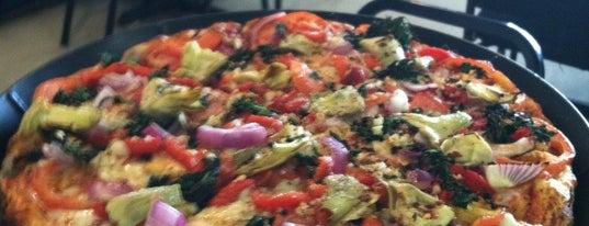 B&J's Pizza - The Original is one of Lieux sauvegardés par Megan.
