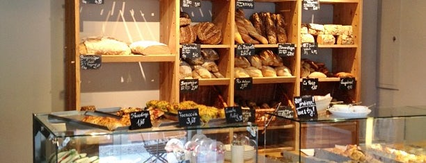 Zeit für Brot is one of Breakfast & Lunch in Berlin.