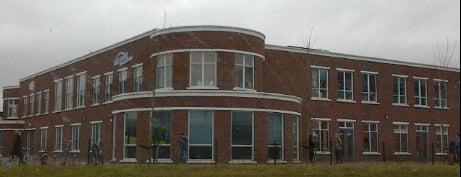 Montesorri school De Poort is one of Almere Poort.