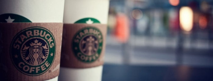 Starbucks is one of Posti che sono piaciuti a Kenan.