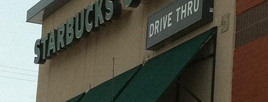 Starbucks is one of Happy 님이 좋아한 장소.